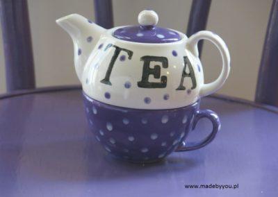 czajnik z filiżanką