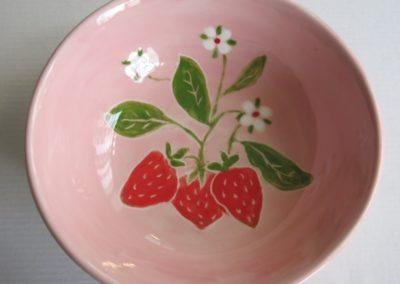 poziomki na ceramice